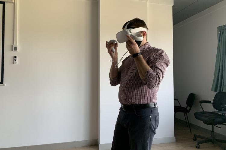 Studenții de la UBB Cluj vor beneficia la cursuri de tehnologie ca în Avatar sau Terminator, pentru o predare interactivă - VIDEO