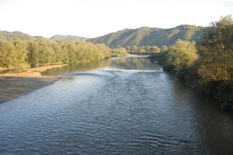 Cod portocaliu de inundații în Transilvania și alte zone ale țării. Care sunt bazinele vizate?