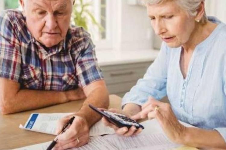 Aproape 1.000.000 de pensionari au primit indemnizaţii sociale cuprinse între 126 şi 351 lei. Cât a fost indemnizația la Cluj?