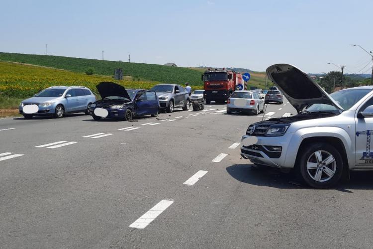 Accident pe DN1 E60, în localitatea Copăceni - FOTO