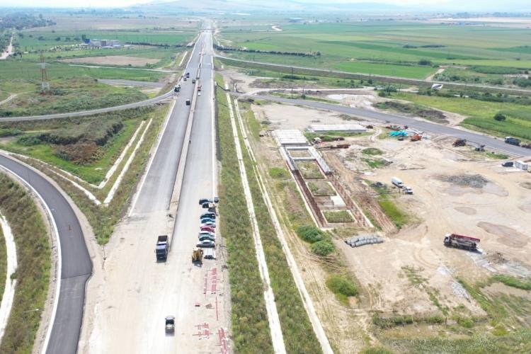 """90% din lucrările lotului 2 de pe A10 Sebeș - Turda sunt finalizate. Drulă: """"Se așterne ultimul strat de asfalt pe Lotul 2"""""""