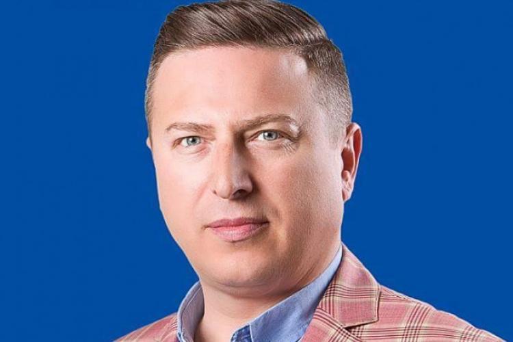 Primarul Traian Ogâgău, patronul restaurantului Rod din Cluj-Napoca, și-a pierdut mandatul. Anul trecut își umilea fiica