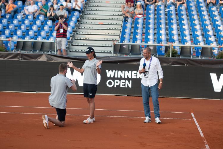 Cerere în căsătorie la Winners Open, turneul WTA de la Cluj. Momentul romantic a fost imortalizat - VIDEO și FOTO
