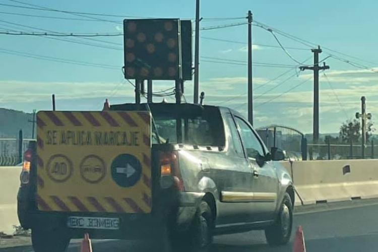 Drumarii, urecheați de Boc pentru că au blocat intrarea Florești - Cluj-Napoca, vineri dimineața - FOTO