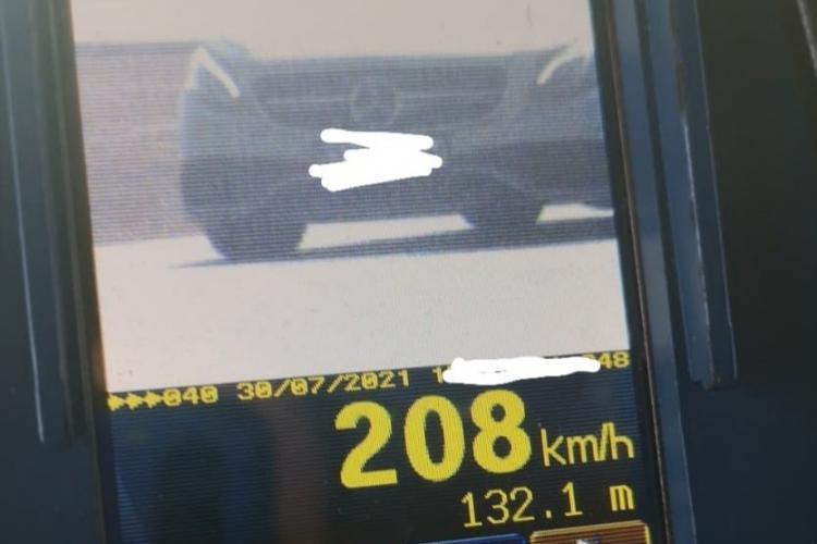 Șofer prins cu 208 km/h, după weekend -ul cu 24 de morți pe drumurile din România - FOTO