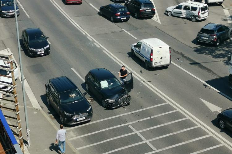 Cluj: Accident pe Calea Turzii cu 3 victime - FOTO