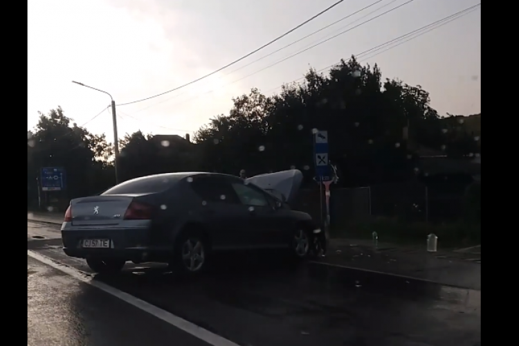 Accident grav la Jucu. Șofer bătrân a adormit la volan - FOTO