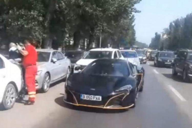 Un bolid de lux, de 200.000 de euro, implicat într-un accident în staţiunea Mamaia