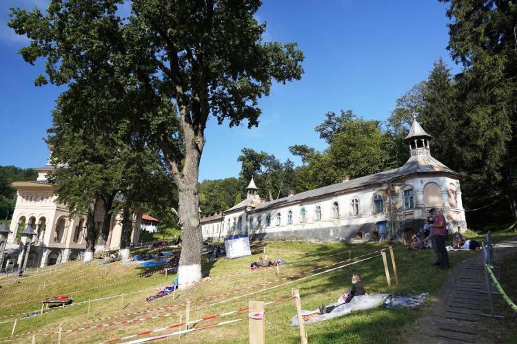 Pelerinajul de la Mănăstirea Nicula va avea punct de vaccinare anti-COVID