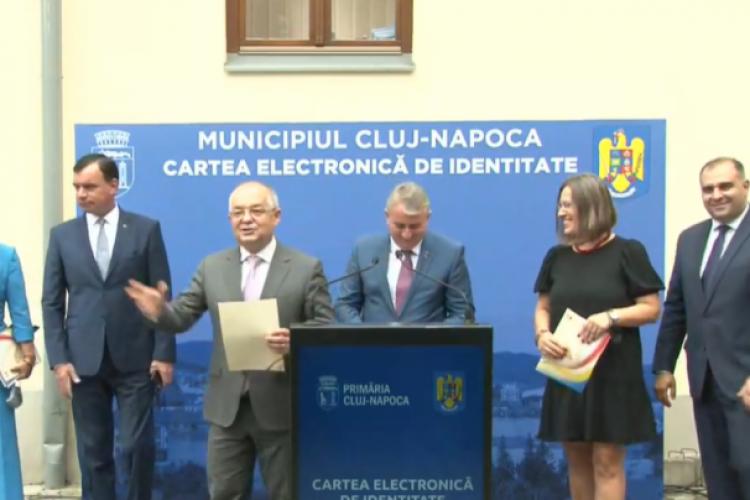 Cluj-Napoca, primul oraş din ţară unde se va introduce cartea electronică de identitate - VIDEO