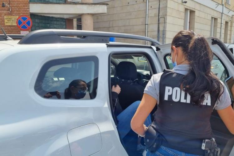 Medicii din Cluj, care au eliberat adeverințe de vaccinare false, plasați sub control judiciar