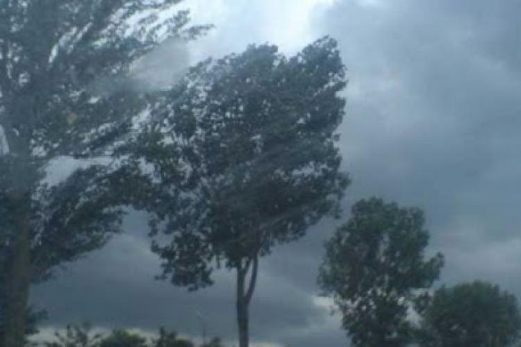 Avertizare COD ROȘU de furtună la Cluj! Care sunt zonele afectate?