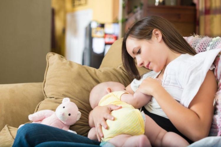 Care dintre vaccinurile anti-COVID sunt sigure pentru sugari, în timpul alăptării