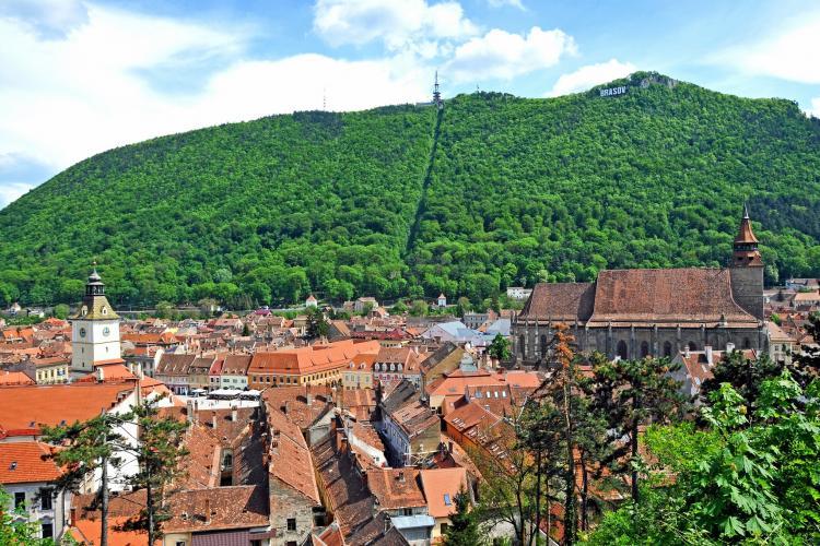 Brașovul a atras cel mai mare număr de turiști în primul semestru din 2021. Pe ce loc, în preferințele turiștilor, se află Clujul?
