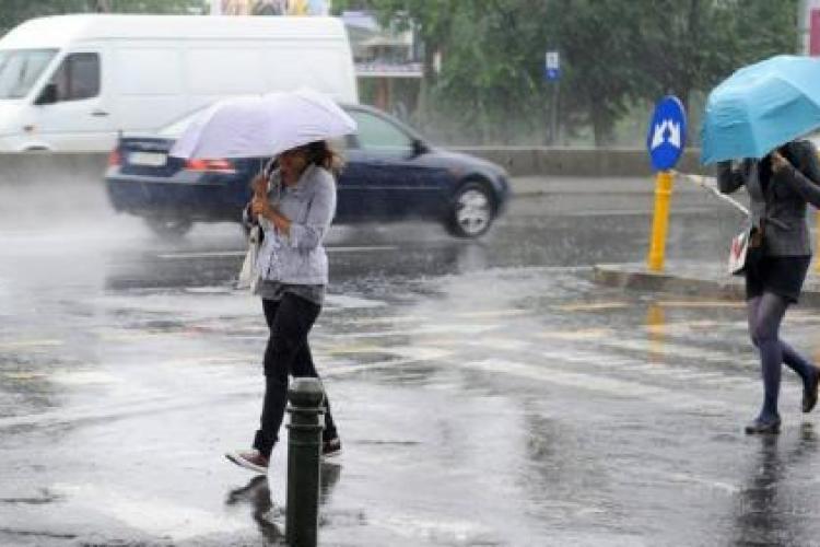 ALERTĂ Cod portocaliu de vreme severă IMEDIATĂ. Vor fi vijelii puternice și grindină în Cluj-Napoca și alte localități clujene