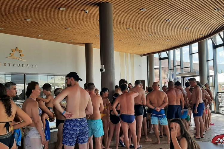 Clujeancă dezamăgită de Aquapark Nymphaea Oradea. E scump și pleci nervos
