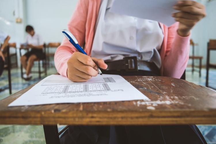 BAC 2021. Proba scrisă la limba română deschide sesiunea de toamnă a examenului de bacalaureat