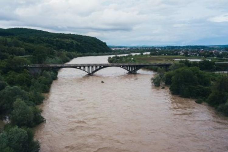 Cod galben de inundații pe Someș valabil până luni dimineață