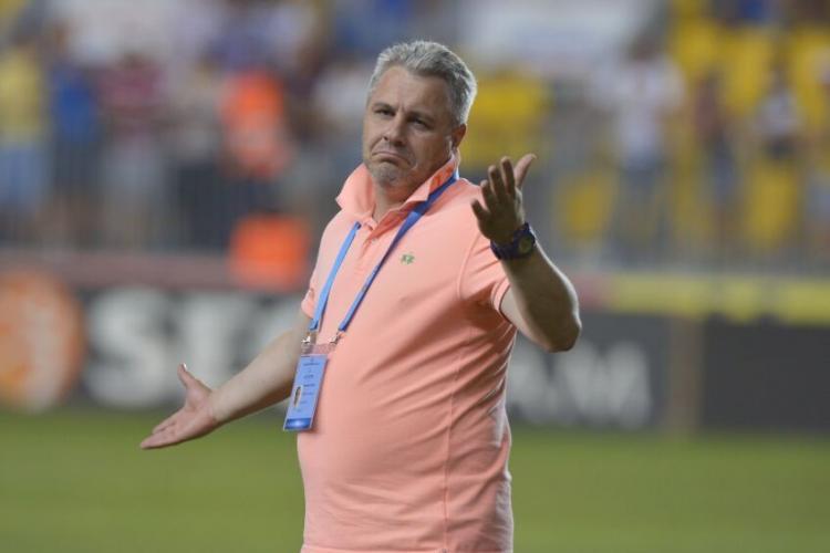 Șumudică, într-o situație complicată: va fi demis de la CFR Cluj? Dan Petrescu vrea să revină