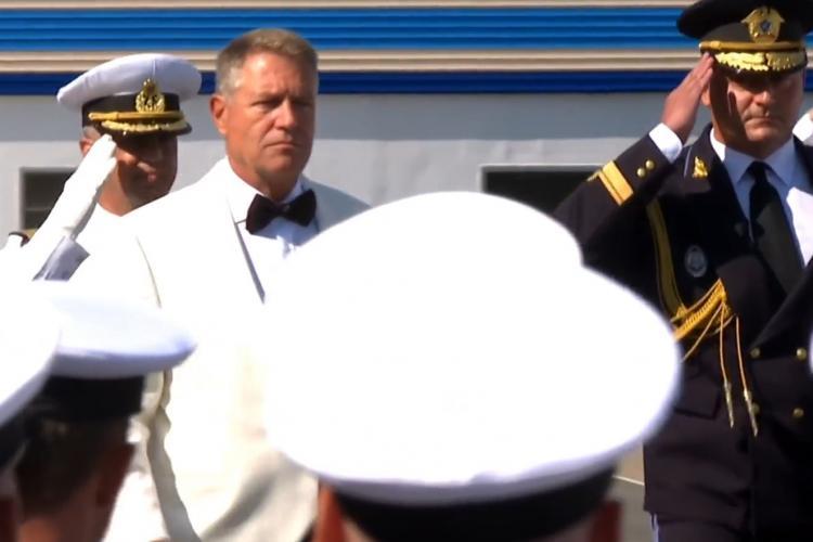 Iohannis îmbrăcat ca James Bond, la Ziua Marinei, de la Constanța - VIDEO și FOTO