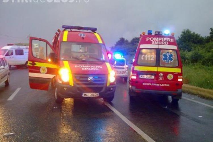 Două femei lovite de o mașină pe un drum de lângă Cluj-Napoca