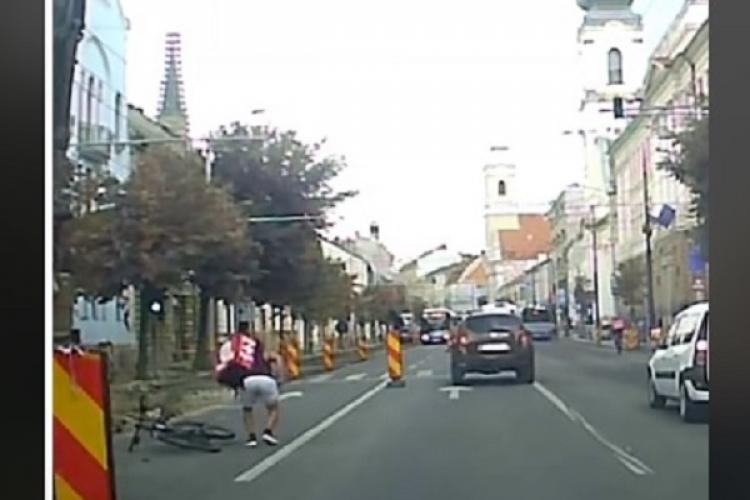 TikTok Cluj: Tânăr lovit în cap de cupa unui excavator pe 21 Decembrie 1989 - VIDEO