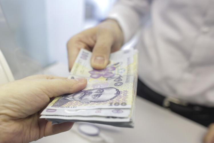 Salariul mediu net în judeţul Cluj a crescut cu peste 400 lei în ultimul an