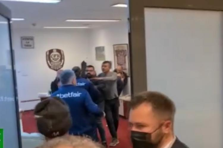 Bătaie în vestiarul CFR Cluj, după umilința cu Steaua Roșie Belgrad - VIDEO