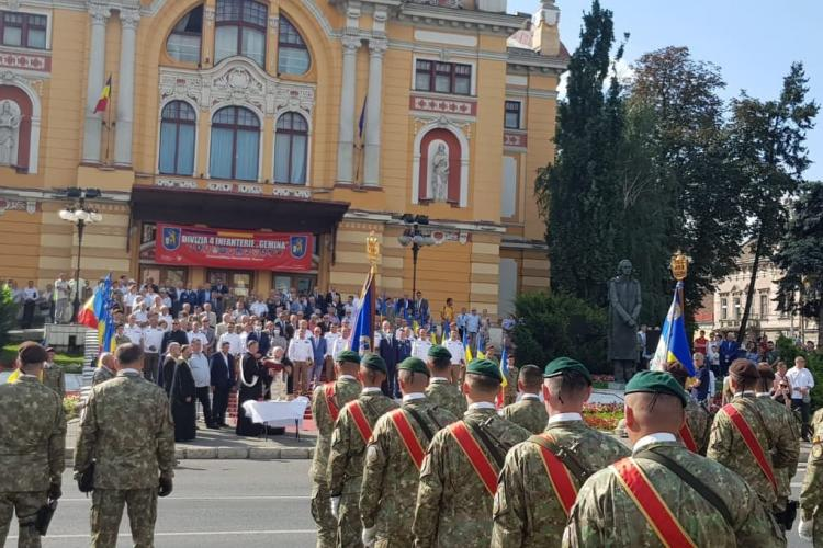 """Defilare militară și decorații primite de Divizia 4 Infanterie """"Gemina"""" la aniversarea a 105 ani activitate - FOTO"""