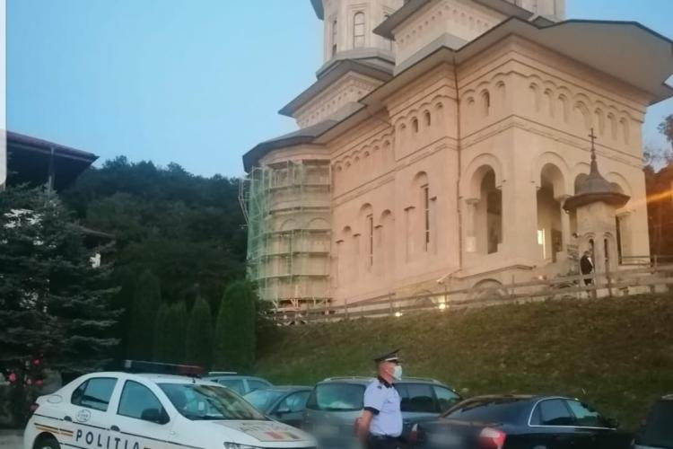 260 de polițiști prezenți la pelerinajul de la Mănăstirea Nicula. Ce măsuri trebuie să respecte pelerinii?