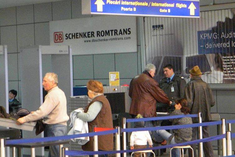 Clujenii se plâng că au pierdut avionul spre Italia din cauza actelor COVID cerute și a dezorganizării: Suntem foarte răutăcioși