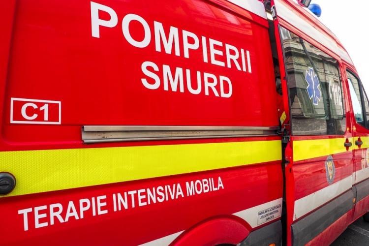 Un bărbat beat a agresat un echipaj medical și a avariat o ambulanța SMURD, în Târgu Mureș
