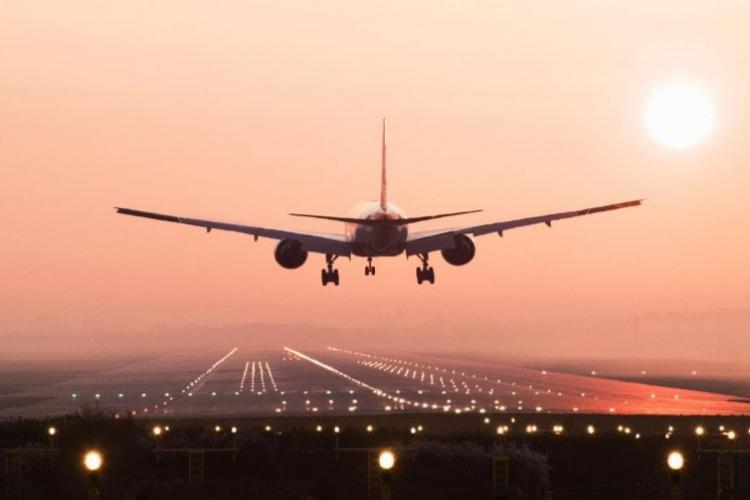"""Clujean scos din sărite de aplauzele de la aterizarea pe Aeroportul Cluj. Zboară o dată la 4 zile și a observat """"o repetitivitate ciudată"""""""