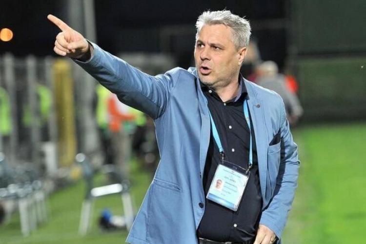 """Suporterii CFR au scandat """"Demisia Șumudică"""", după noua înfrângere cu Steaua Roșie Belgrad"""