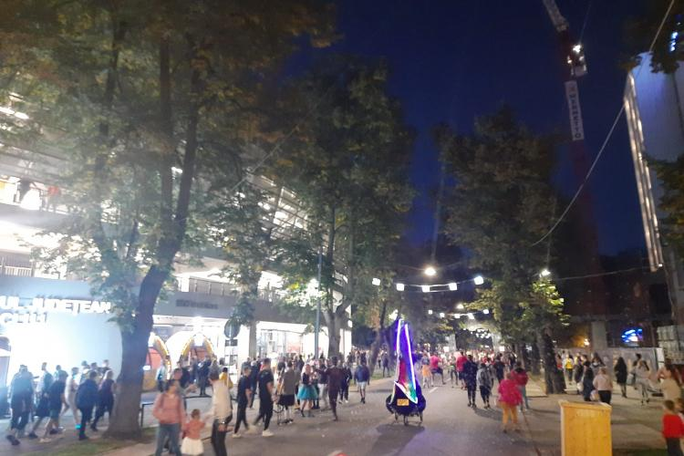 Nebunie la accesul in spațiul UNTOLD, din Parcul Central - FOTO