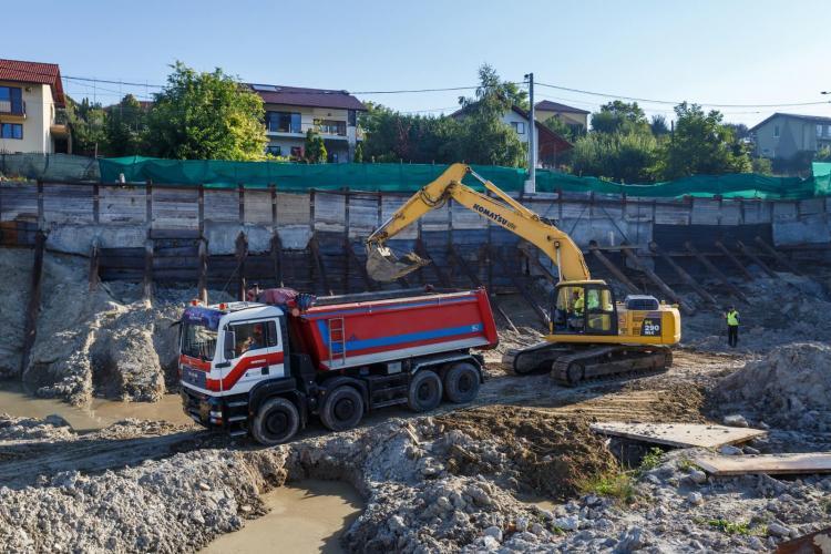 Primăria Cluj-Napoca intervine în șantierul Victor Papilian - FOTO