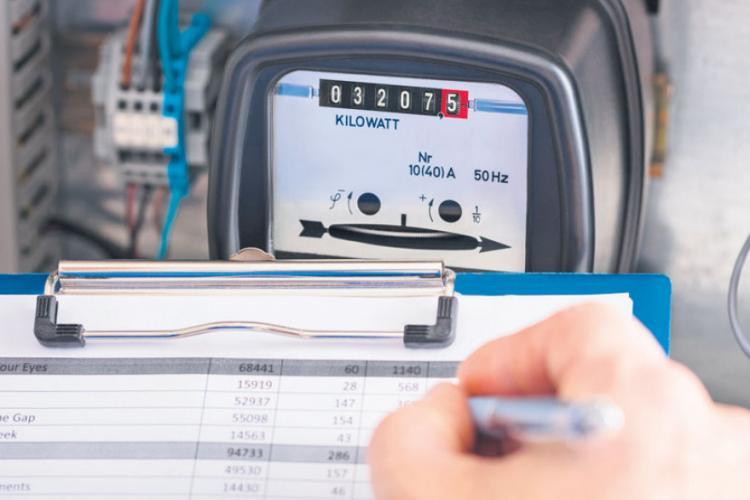 Electrica Furnizare verifică facturile atipic de mari. Cei care au probleme pot cere informații AICI