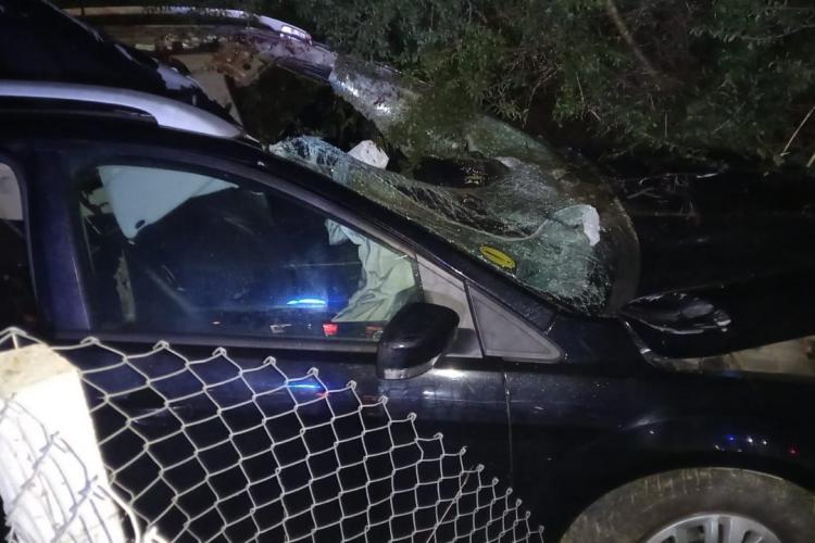 Cluj: Începătoare de 19 ani a produs un accident grav între localitățile Nireș și Mănăstirea - FOTO
