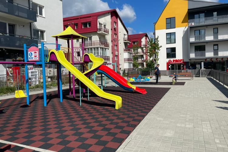 Un nou loc de joacă s-a deschis vineri în Florești