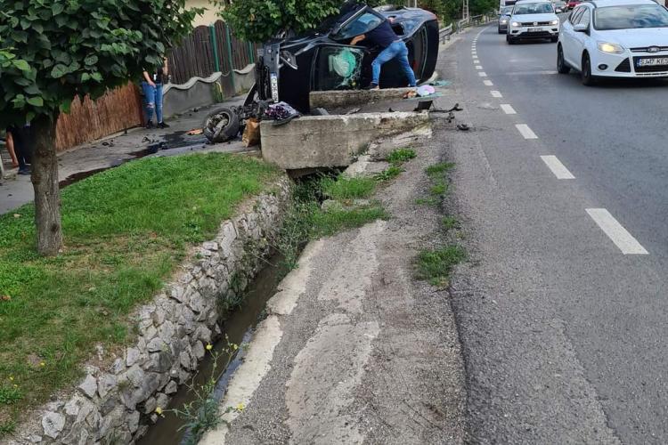 Accident în Baciu, pe strada principală - FOTO