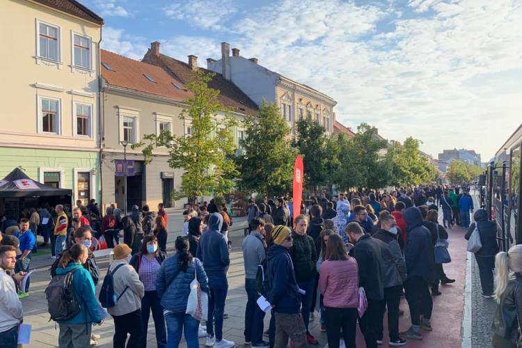 Cluj: Coadă la donat sânge pentru un bilet la UNTOLD 2021