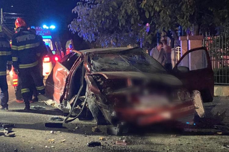 Accident șocant la Baia Mare! Un tânăr și-a confundat fosta iubită, care a urcat în mașină altui băiat - FOTO