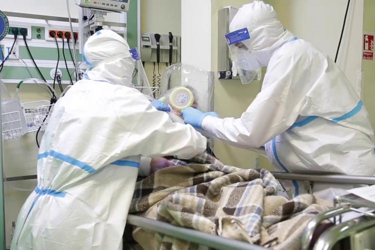 Peste 11.000 de cazuri noi de COVID-19 și 208 de decese, în România, în ultimele 24 de ore