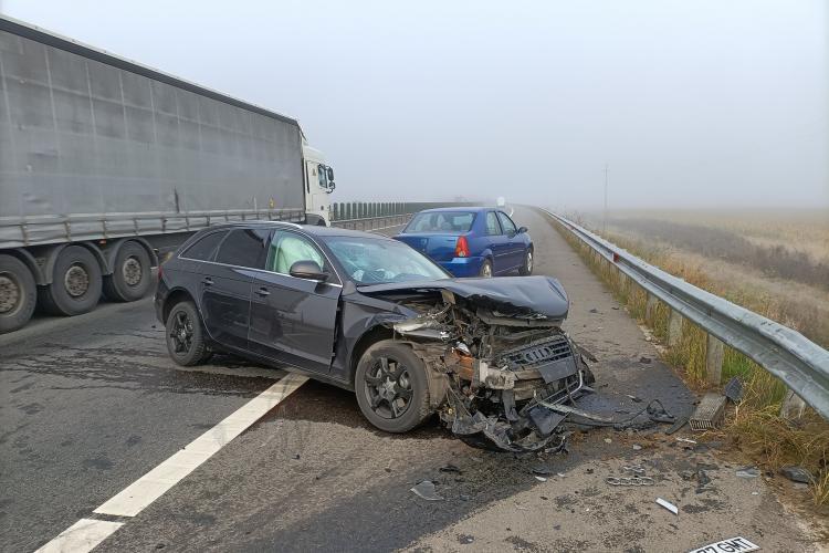 Audi făcut praf luni dimineața pe A3 înspre Cluj. Șoferul a pierdut controlul volanului- FOTO