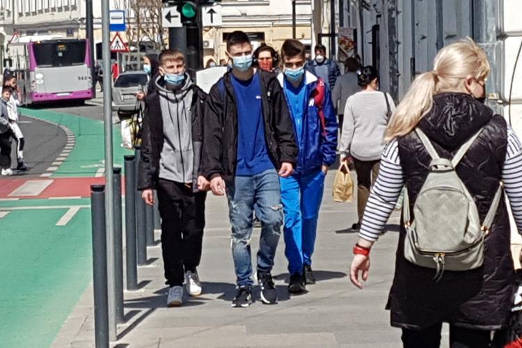 Masca redevine obligatorie în Cluj, dar și în localitățile cu incidența de peste 6 la mie
