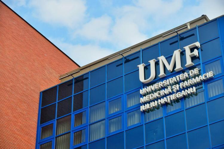 Un student al UMF Cluj a fost exmatriculat după ce a fraudat un examen. Acum cere despăgubiri de 1 miliard de euro pentru discriminare