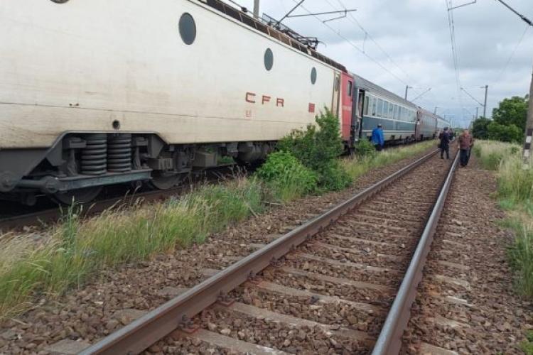 Un bărbat a murit, după ce a fost lovit de un tren care circula pe ruta Teiuş-Sighişoara