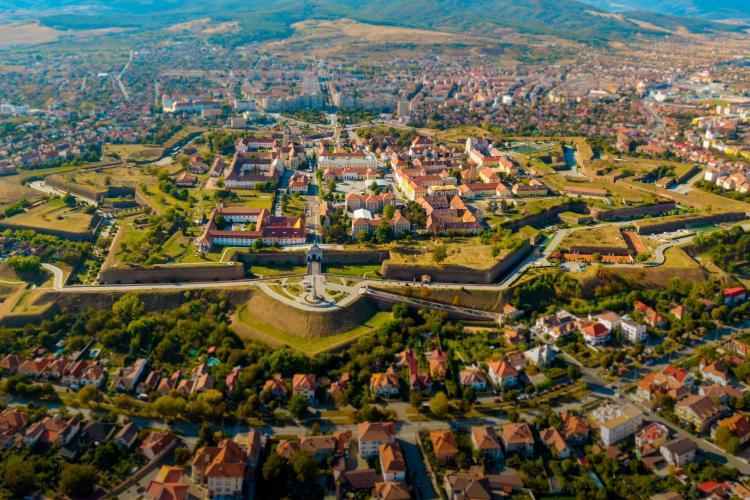 """Alba Iulia, un oraș mai """"smart"""" decât Cluj-Napoca. Municipiul se clasează pe locul 2"""