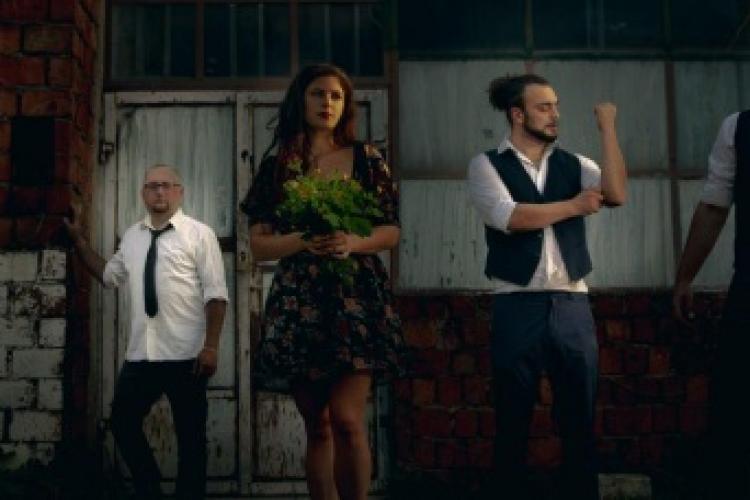 """Trupa clujeană Carousel lansează un nou videoclip pentru piesa """"Rid"""", vineri - VIDEO"""
