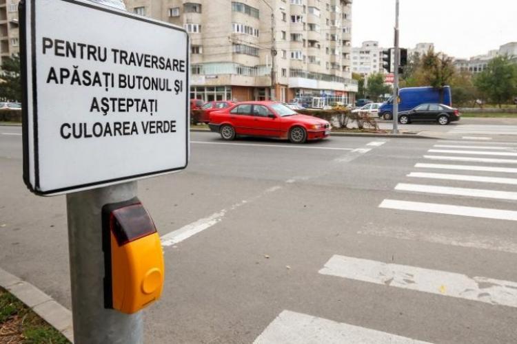 Trei noi treceri de pietoni cu semafor, puse în funcțiune în Cluj-Napoca